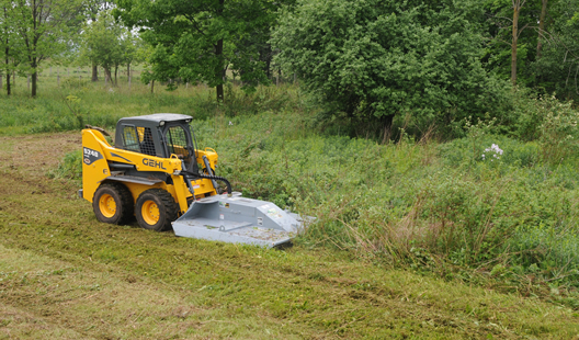 Skidsteer mounted Baumalight BrushCutt CF372 in action